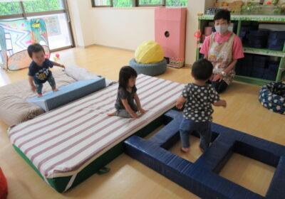 保護中: 1歳児クラスの活動